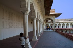 At the Agra Fort, on the way to the Public Hall